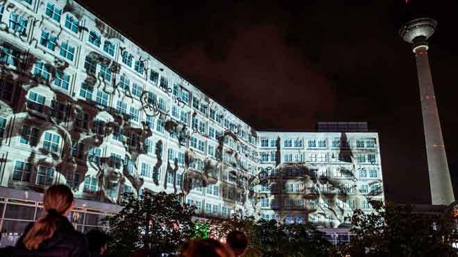 Multitudinaria conmemoración del 30 aniversario de la caída del Muro de Berlín.