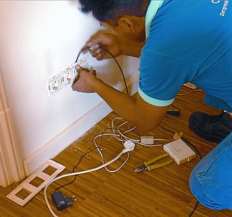 Arr gleme la instalaci n de fibra ptica - Fibra optica en casa ...