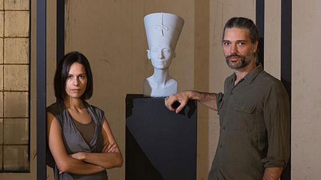 Los artistas Nora Al-Badri and Jan Nikolai Nelles escanean del Neues Museum en Berlín en 3D y hacen público el archivo.