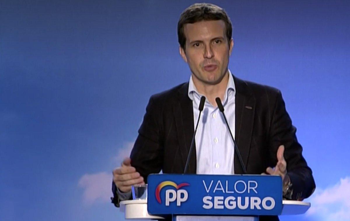 Un momento de la intervención de Pablo Casado, pesidente del PP, en un acto electoral celebrado en Córdoba este domingo.