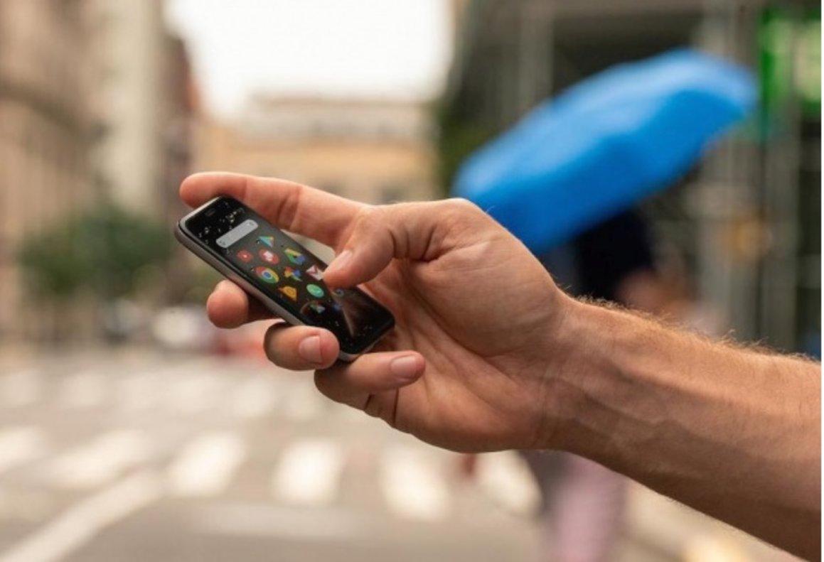 Ultramóvil de Palm comercializado por Vodafone.