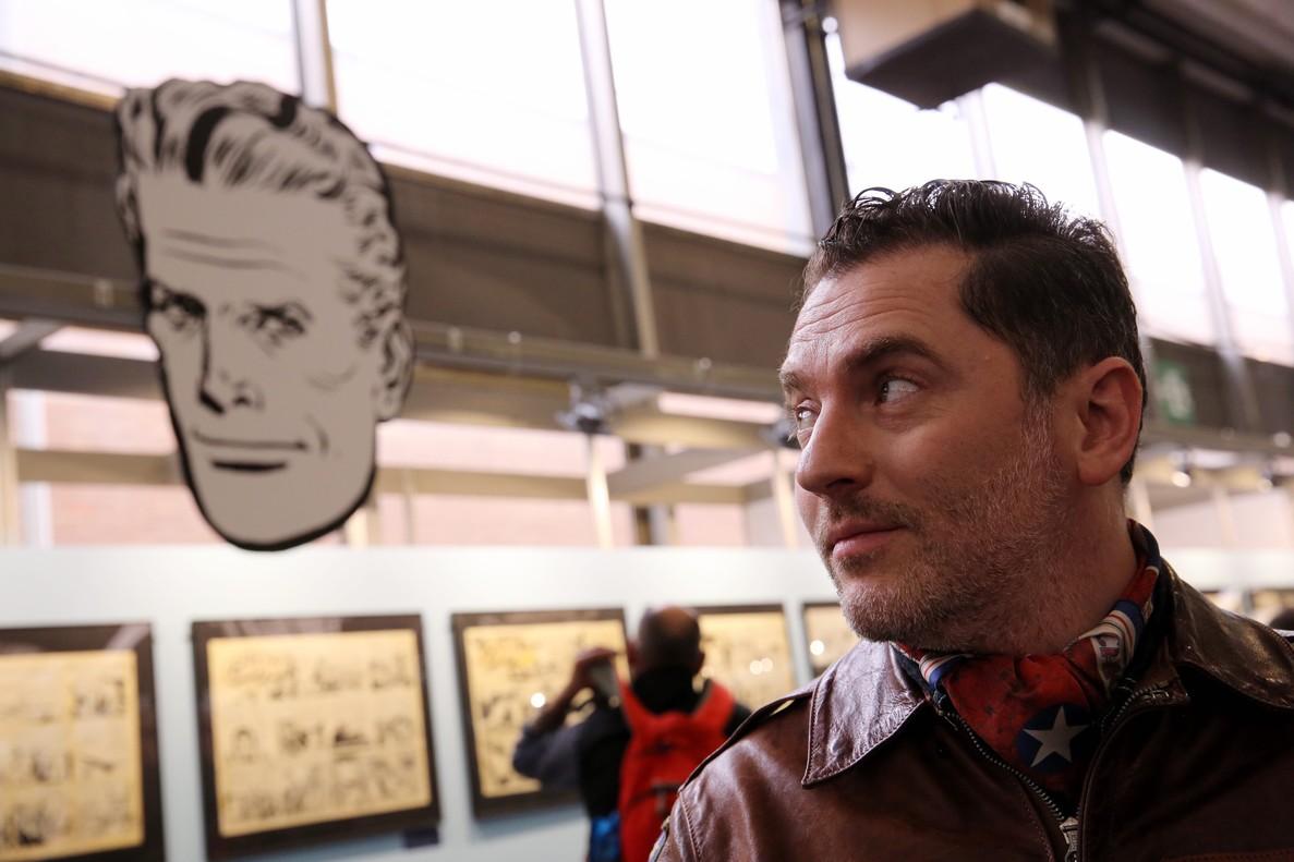 El piloto y dibujante francés Romain Hugault, este sábado en el Salón del Cómic.