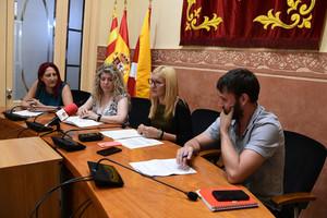 La presentación de la votación final de los presupuestos participativos ha tenido lugar en la sala de plenos del Ayuntamiento de Rubí