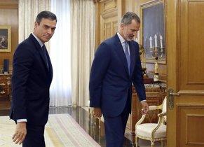 El presidente del Gobierno en funcionesPedro Sánchez y el Rey Felipe VI en la ronda de consultasde las pasadas elecciones.
