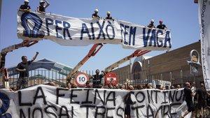 Protesta de los montadores de la Fira de Barcelona.