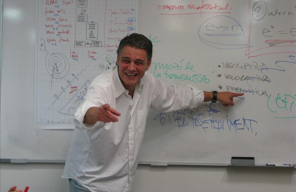 Joaquim Maria Puyal, en una clase magistral de una retransmisión deportiva,en el 2008.