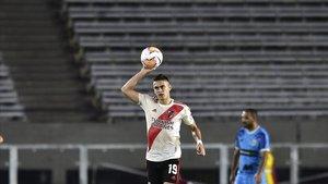 Rafael Borre, del River Plate, en el último partido jugado, también a puerta vacía, en la Copa Libertadores.