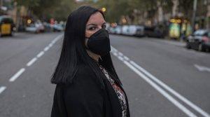 Rocío Coronel, en una calle de la Barcelona que espera dejar atrás antes de que acabe el año.