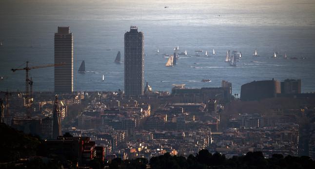 Salida de la regata Barcelona World Race de vela, este miércoles.
