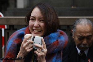 Shiori Ito reclamaba una indemnización de hasta 11 millones de yenes (90.200 euros/100.500 dólares) por el sufrimiento derivado del asalto sexual del que fue afirma haber sido víctima.