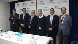 De izquierda a derecha,Joan Sala, Juan Abarca Cidón,Sor María Cruz Arbeloa,Sor María Luisa Pascual,Javier Massaguer yJoaquim Martí.