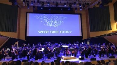 La OBC, dirigida por el holandés Ernst Van Tiel, interpreta 'West Side Story'