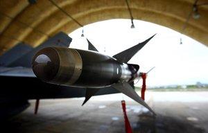 Trump augmenta la despesa militar i els EUA lideren l'increment global en inversió en armes i defensa