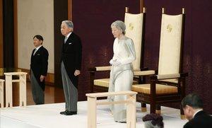 Akihito s'acomiada amb un missatge de pau