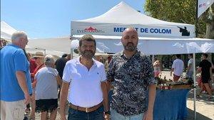Albert Batlle con el presidente del Mercat de Brocanters de Colom, Héctor Guillermo Izuel.