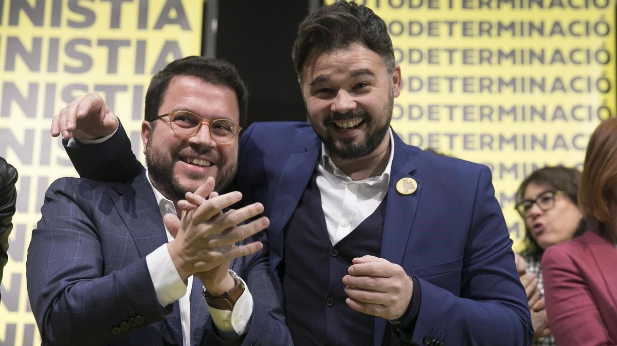 ERC i JxCat exhorten el PSOE a obrir el diàleg