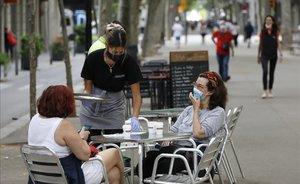 Barcelona entra a la fase 1 com l'única ciutat confinada d'Espanya