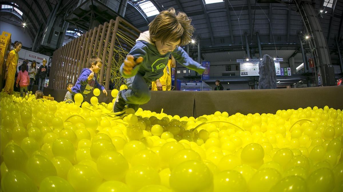 Barcelona Se Despide De El Festival De La Infancia