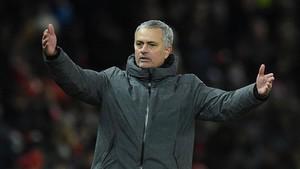 Jose Mourinho, técnico del Manchester United.
