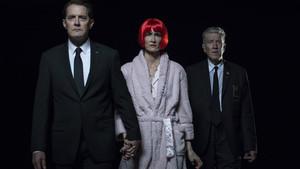 Kyle MacLachlan, Laura Dern y David Lynch, en una imagen promocional de Twin Peaks 3