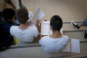 La selectivitat s'allarga un quart dia a Catalunya