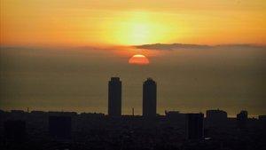 Amanecer en Barcelona.