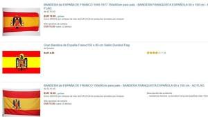 Captura de pantalla de varias banderas franquistas disponibles en Amazon España.