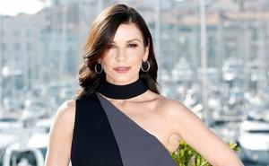 Catherine Zeta-Jones, en la presentación en octubre del 2017 de la serie de televisión Slay en el MIPCOM, el mayor mercado de contenido televisivo de Cannes