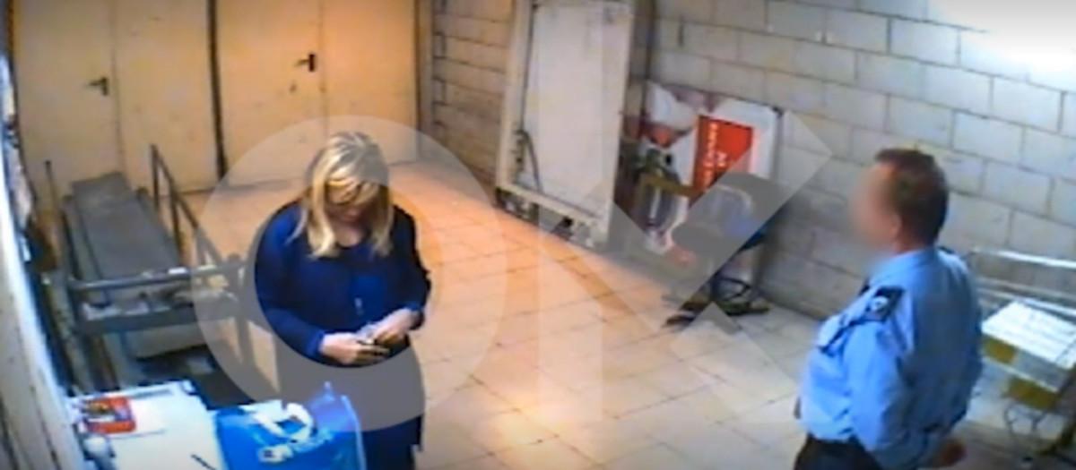 Vídeo de Cristina Cifuentes pillada robando en un hipermercado