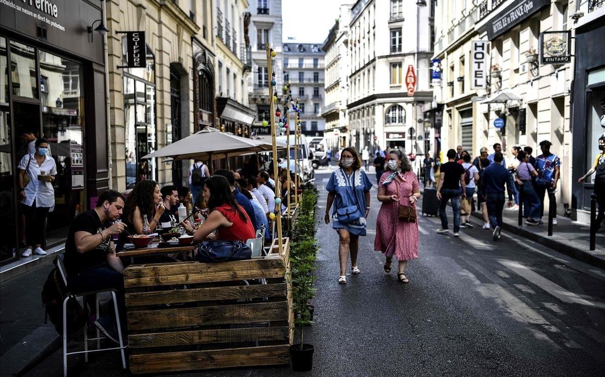 Terraza de un restaurante en París.