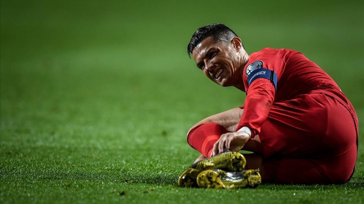 Cristiano Ronaldo, con dolor con Portugal.