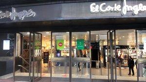 Pocos compradores en El Corte Inglés de Catalunya, la tarde de este miércoles 4 de noviembre.
