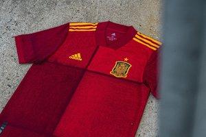 Imagen de la nueva camiseta de España para la Eurocopa 2020.