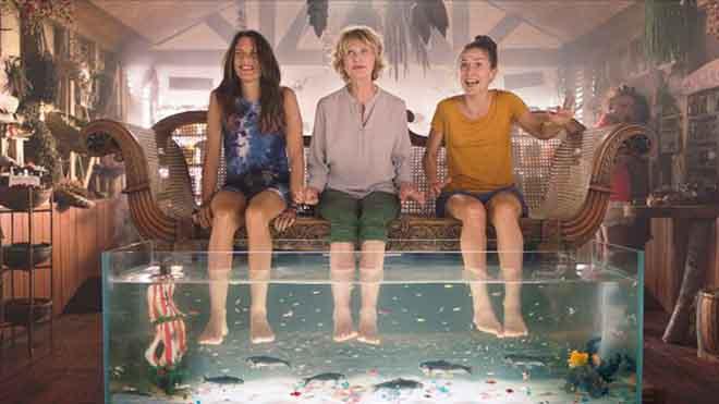 'Vacaciones con mamá': insolación cómica