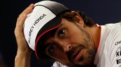 Mercedes inicia negociaciones con Alonso de cara a 2018
