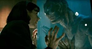 Fotograma de la película 'La forma del agua'.