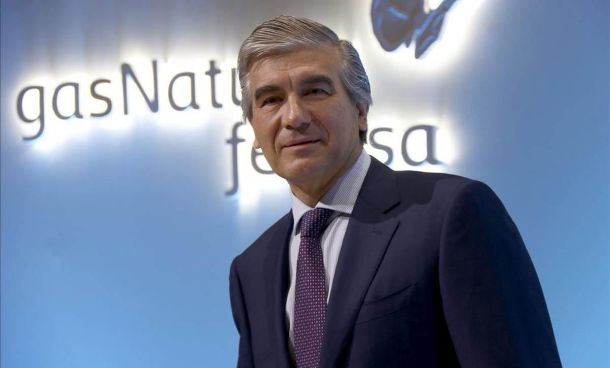 Francisco Reynés, presidente ejecutivo de Gas Natural, en el inicio de la rueda de prensa previa a la Junta de Accionistas de la compañía en Madrid.