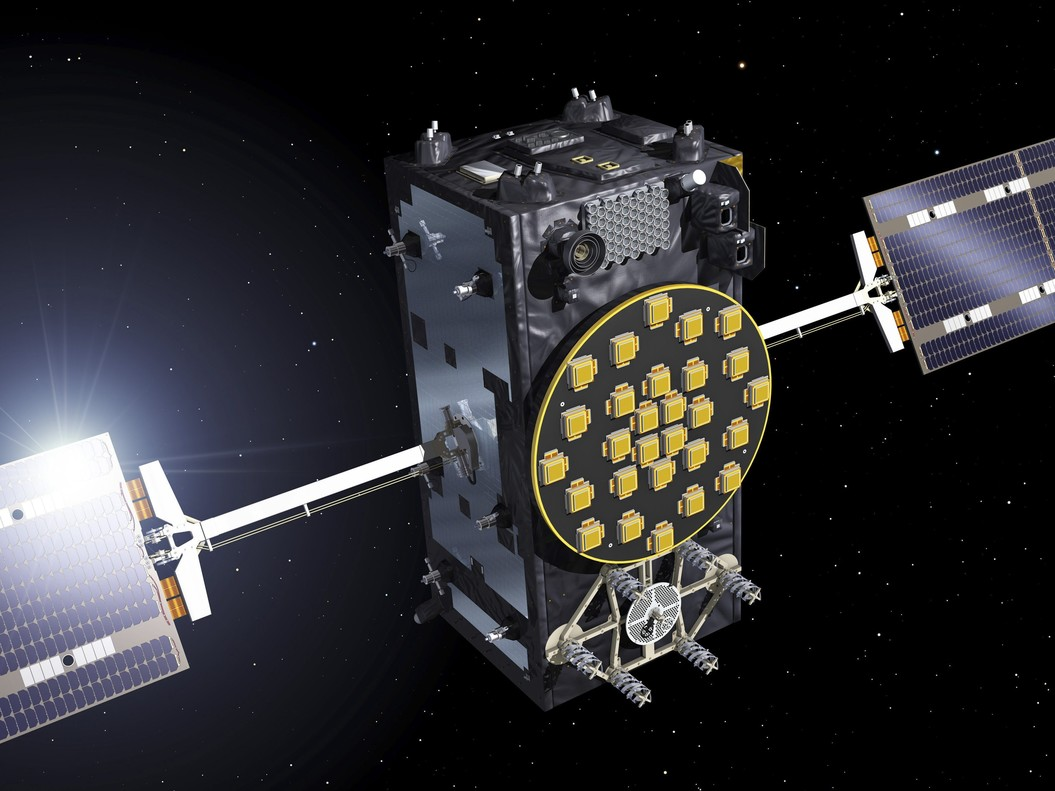GRA137 PARIS 22 08 2014 - Imagen facilitada por la Agencia Espacial Europea ESA un satelite operativos del sistema de navegacion Galileo la apuesta europea para competir con el GPS estadounidense y el Glonass ruso que inicia su fase de despliegue final tras haber colocado en orbita cuatro dispositivos de prueba EFE SOLO USO EDITORIAL
