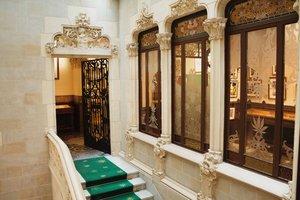 El museo está ubicado en un palacio del siglo XV restaurado.