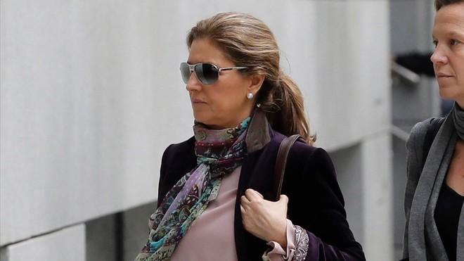 Rosalia Iglesias, mujer del extesorero Luis Bárcenas, a su llegada hoy a la Audiencia Nacional.
