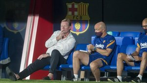 Koeman diu que comptarà amb Suárez si es queda