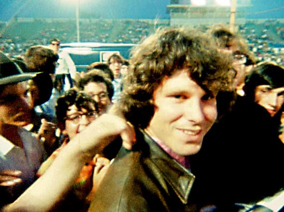 Jim Morrison, en una imagen de archivo que forma parte del documental 'When you're strange. A film about The Doors'.