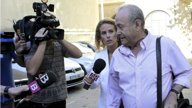 El juez Castro a la salida de los juzgados de Palma
