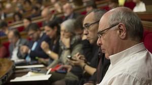 Lluís Rabell y el grupo parlamentario de Catalunya Sí que es Pot.