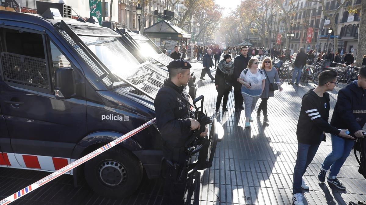 EE.UU emitió alerta de seguridad por posibles atentados terroristas en España