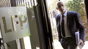 Luis Rubiales, presidente de la Asociación de Futbolistas Españoles (AFE), a la entrada a la sede de la LFP.