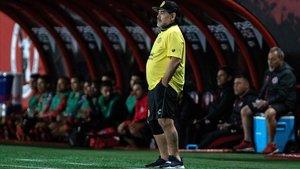 Maradona dirige al Dorados de Sinaloa en un amitoso con el Tijuana.