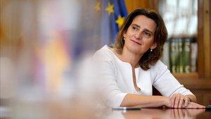La ministra para la Transición Ecológica, Teresa Ribera, en la sede del ministerio.