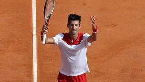 Novak Djokovic celebra la victoria.