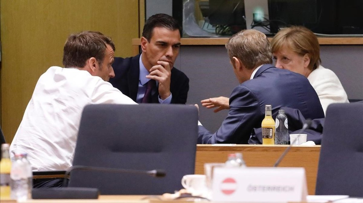 Pedro Sánchez, Angela Merkel, Emmanuel Macron y Donald Tusk en Bruselas.